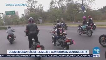Conmemoran Día de la Mujer con rodada motociclista en la CDMX