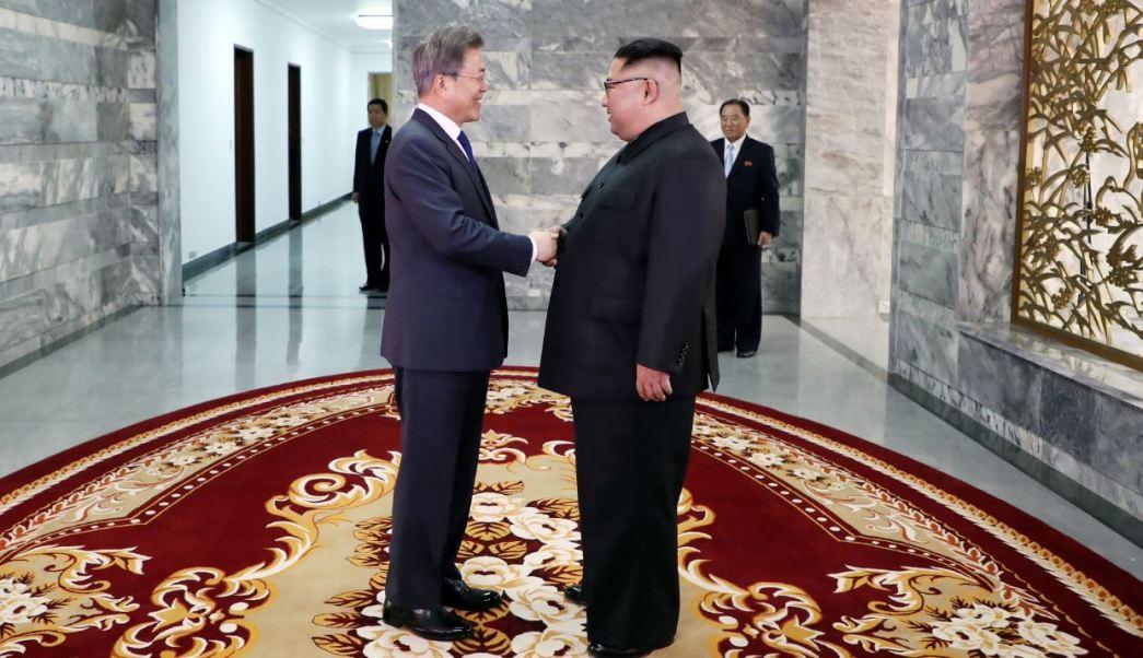 Presidente de Surcorea se reúne con Kim Jong-un para rescatar cumbre con Trump