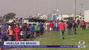 Cumple una semana la huelga de camioneros en Brasil
