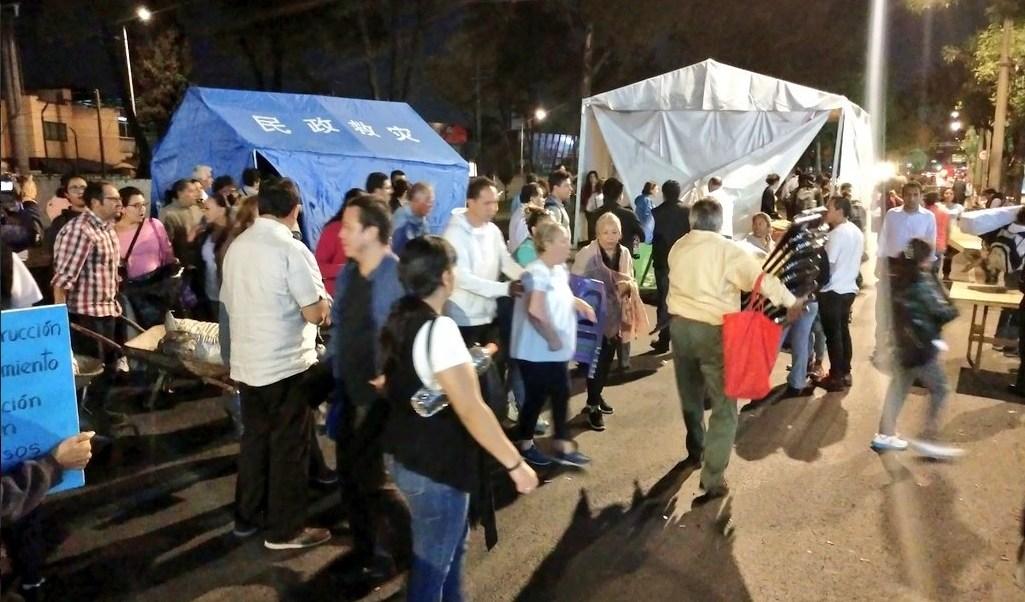 Damnificados sismo 19S del Multifamiliar retiran campamento calzada de Tlalpan