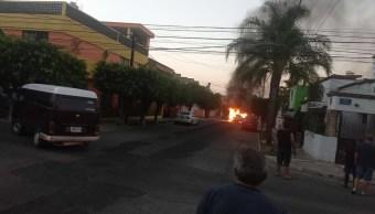 Queman vehículos en distintos puntos de Guadalajara tras ataque a exfiscal