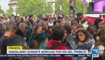 Detienen a más de cien personas por protestas, en París