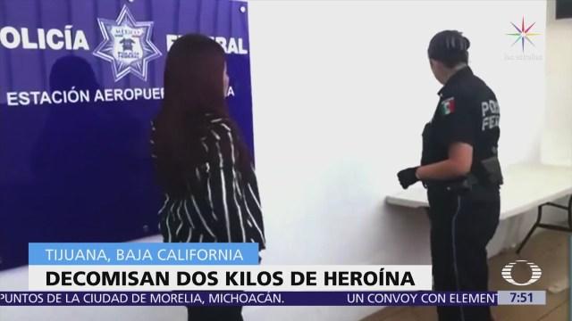 Detienen a mujeres en aeropuerto de Tijuana, con droga escondida en los pantalones