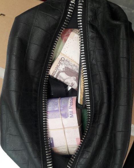 Policía encuentra y devuelve maleta con más de 100 mil pesos