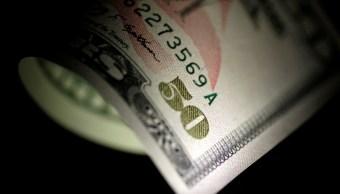 Dólar cierra a la venta en 20.30 pesos en bancos capitalinos
