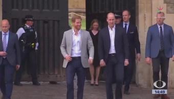 Príncipe Carlos Acompañará Meghan Markle Altar