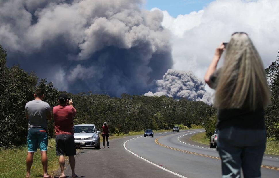 Emiten alerta roja inminente erupción volcán Kilauea