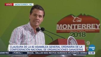 EPN clausura la asamblea de la Confederación Nacional de