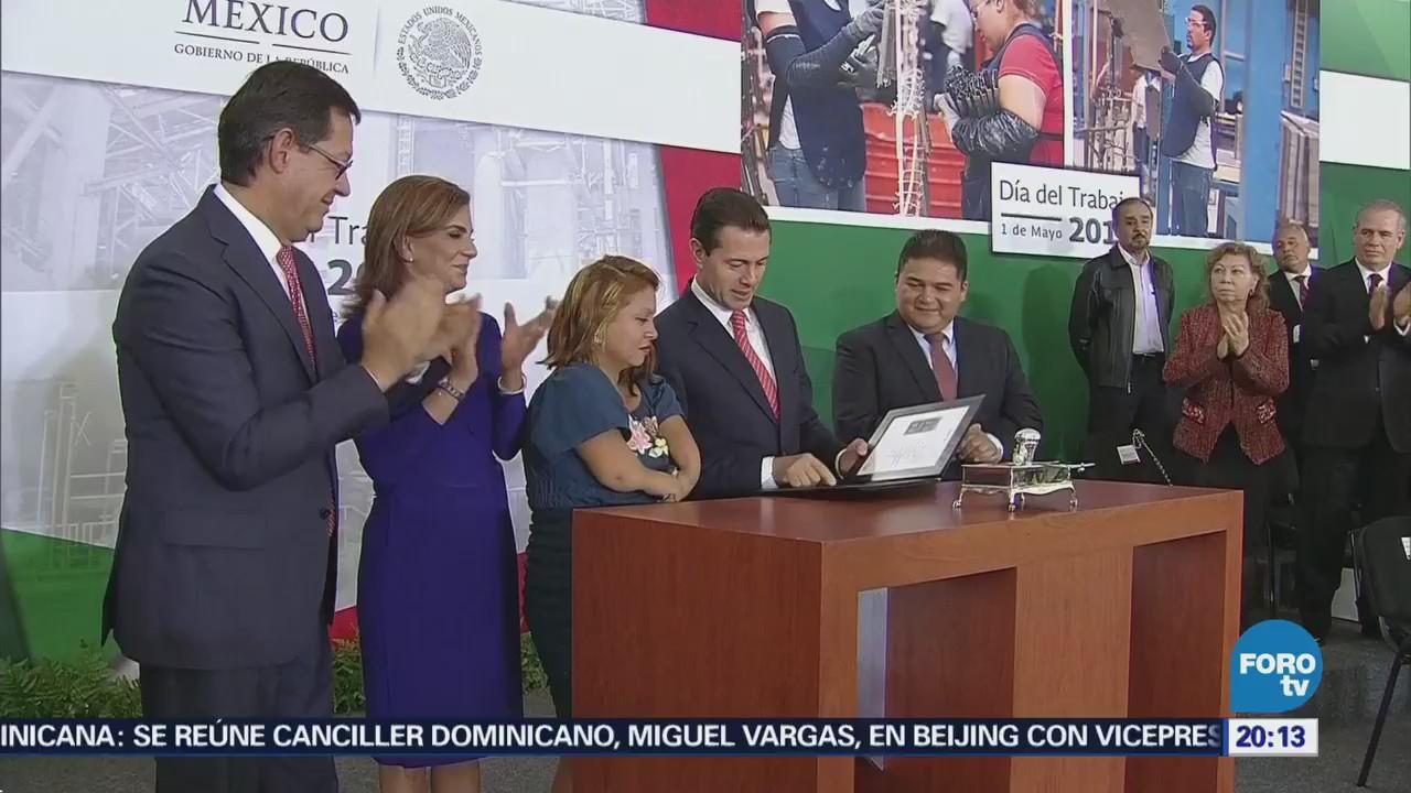 EPN conmemora el Día del Trabajo