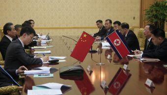 Líder Corea del Norte se reúne con ministro de Exteriores de China