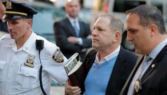 Harvey Weinstein se entrega a la Policía de Nueva York