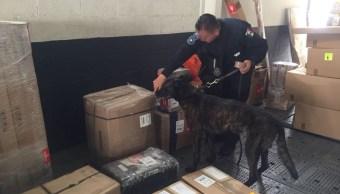 Aseguran heroína oculta en pantuflas, en el aeropuerto de Cancún