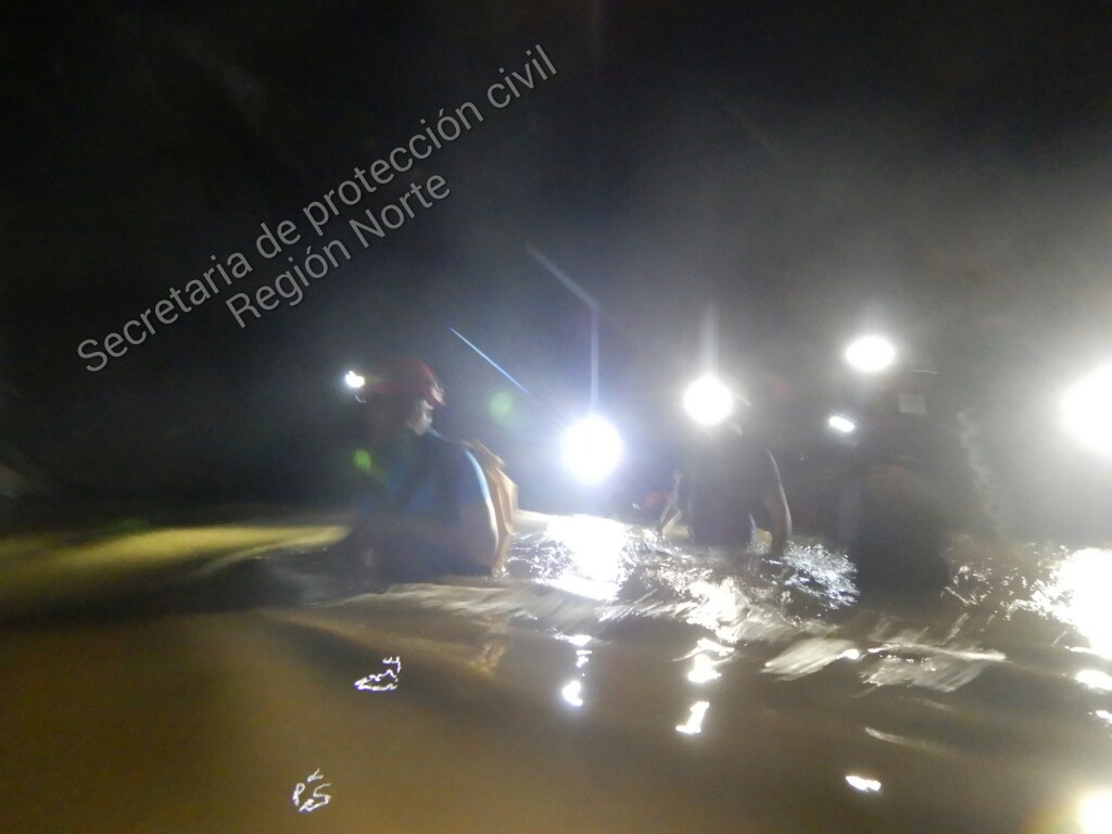 Desaparecen dos jóvenes en río subterráneo en las Grutas de Cacahuamilpa
