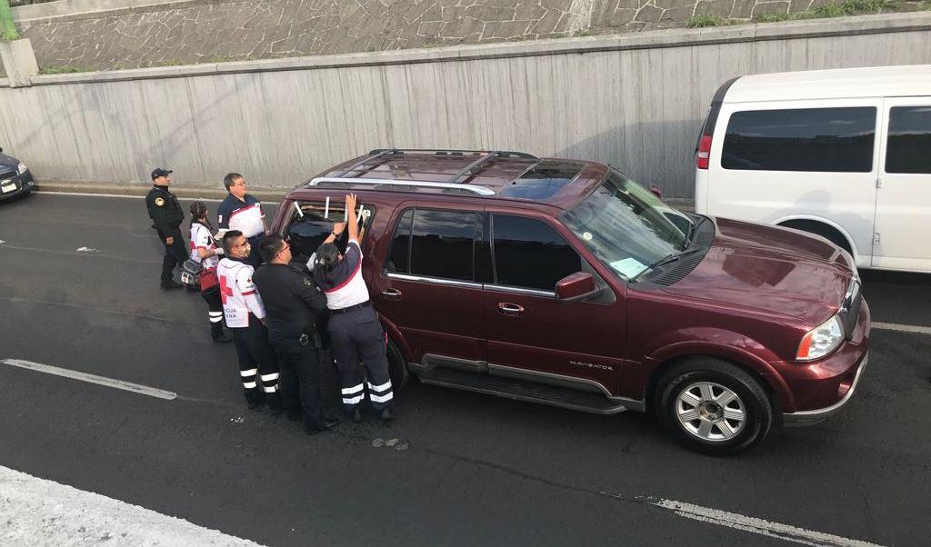 investigan relacion cuerpo hallado camioneta viaducto presunto secuestro