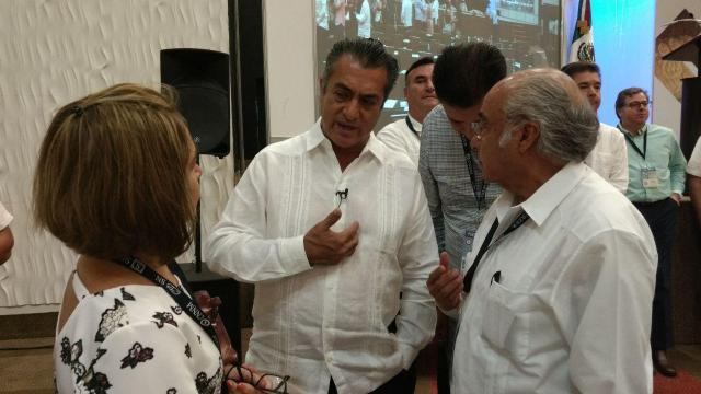 Rodríguez propone parar funcionarios compran propiedades con dinero público