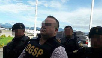 Juez vincula a proceso a Javier Duarte por tres delitos