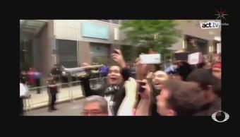 Llevan Serenata Tacos Abogado Racista Nueva York