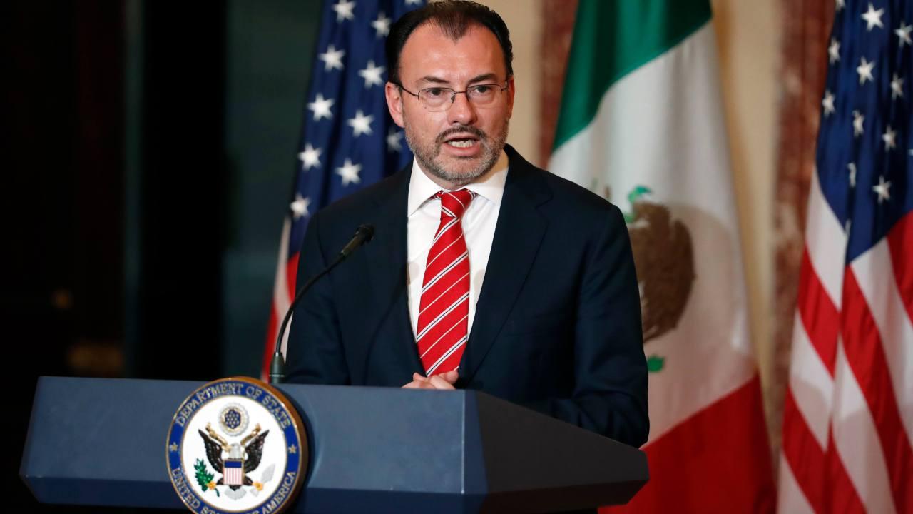 """Videgaray afirma que """"no hay fecha fatal"""" en negociaciones del TLCAN"""