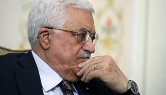 Mahmud Abbas seguirá hospitalizado tras posponerse su alta