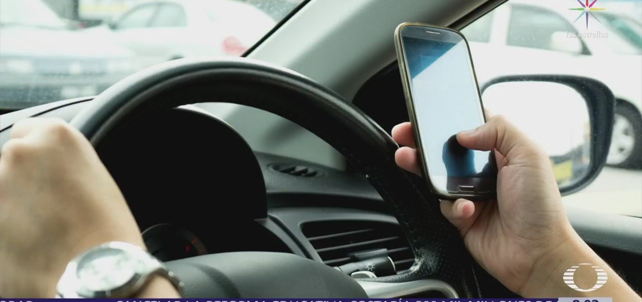 Mandar mensajes de texto, primera causa de accidentes viales