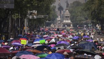 Vendedores ambulantes buscan marchas para incrementar sus ingresos