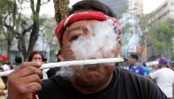 Marchan en México para pedir la legalización del consumo de la marihuana