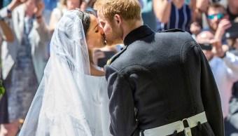Enrique y Meghan Markle pasan de cita a ciegas a duques Sussex