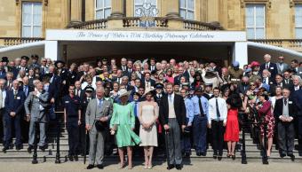 Duques de Sussex acuden a primer acto oficial