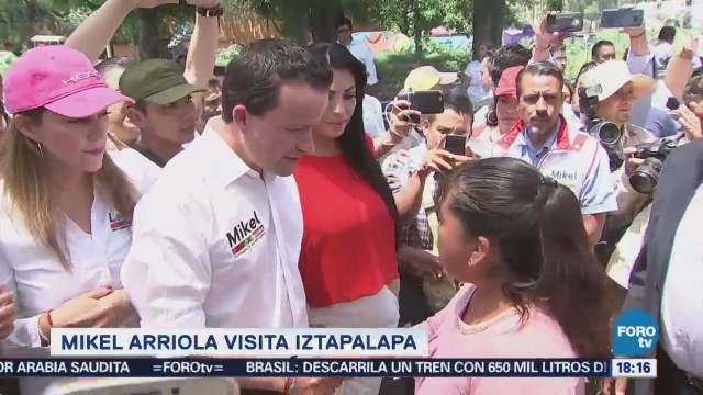 Mikel Arriola Recorre Calles Iztapalapa