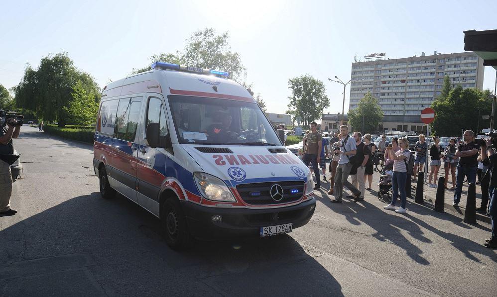 Quedan atrapados 7 mineros tras un sismo en Polonia