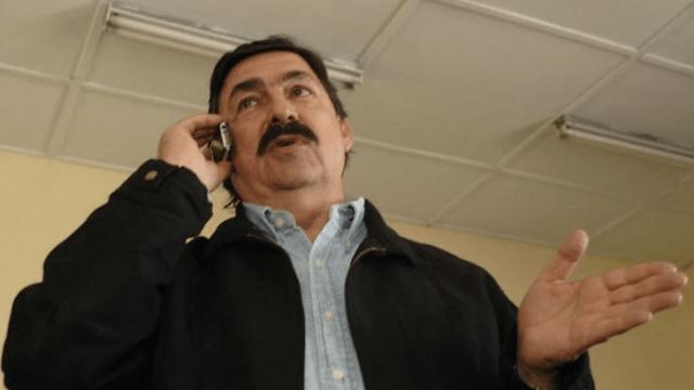 Mineros exigen a Napoleón Gómez Urrutia que entregue los 54 mdd