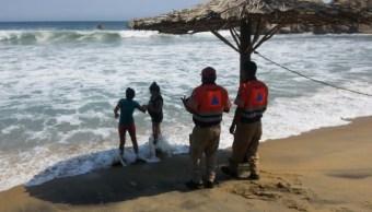 Continúa la alerta preventiva por mar de fondo en Acapulco Guerrero