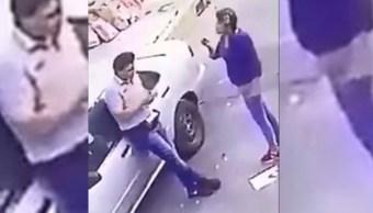 pareja roba auto en el rosario tlahuac