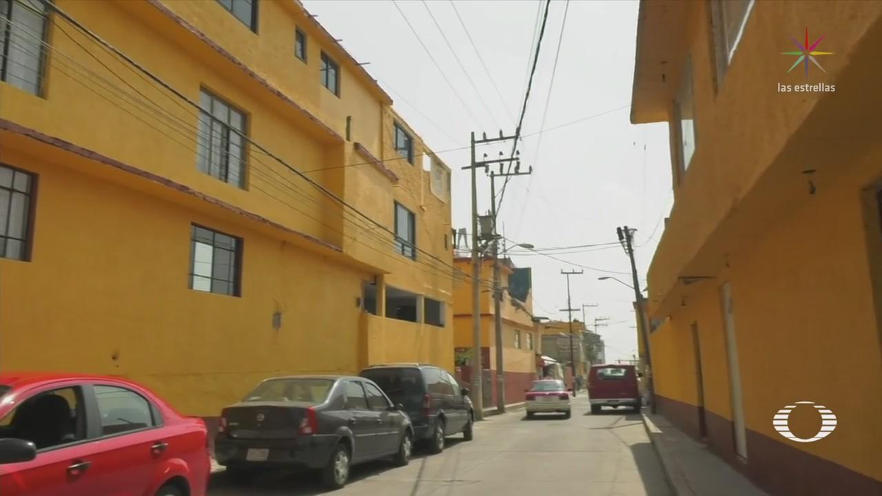 Pintan casas con color del PRD en delegación
