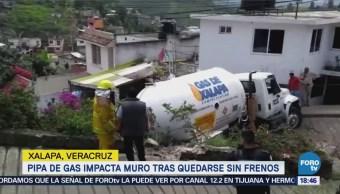 Pipa Gas Impacta Muro Tras Quedarse Sin Frenos Veracruz