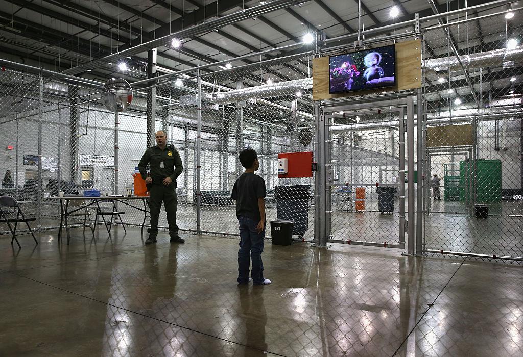 Plan tolerancia cero separa niños migrantes frontera