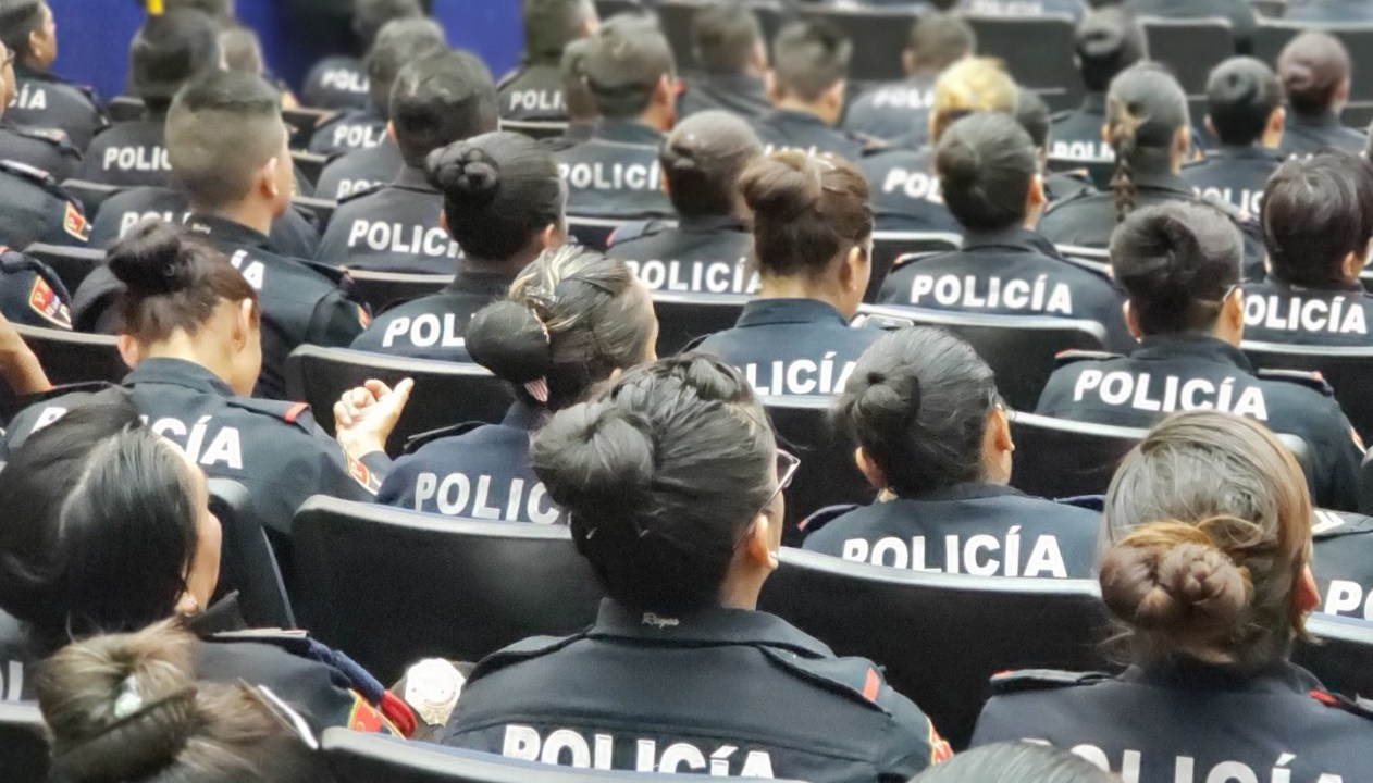 Amieva anuncia protección por amenazas a policías capitalinos