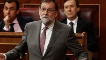 Rajoy rechaza dimitir; califica chantaje' moción de censura