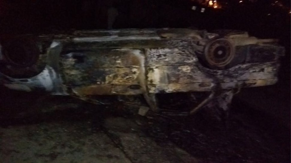 Intento de linchamiento en Toluca deja 22 heridos y vehículos quemados