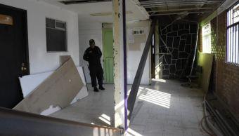 Trasladan a reclusos de Santa Martha a otros penales