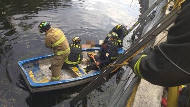 pareja se avienta canal nacional evitar asalto hombre muere ahogado