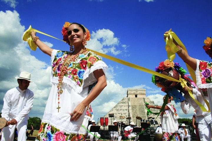 imagenes-representativas-de-yucatan-comida-ballet-arte-cultura-gastronomia