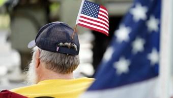 Trump destaca logros de su mandato en Día de los Caídos