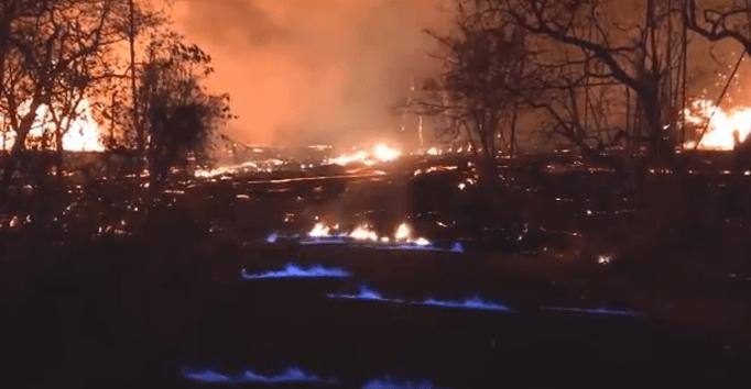 Volcán Kilauea genera llamas azules de metano