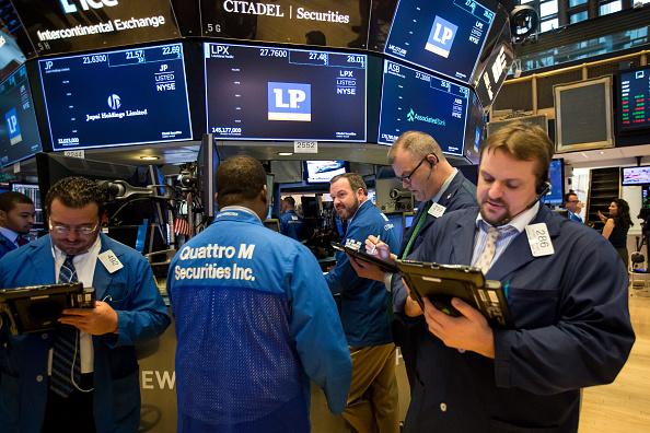 Wall Street al alza, aliviada por el acercamiento entre EEUU y China