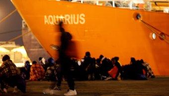 Italia pide a Malta dejar desembarcar a inmigrantes