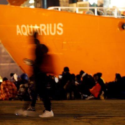 Italia pide a Malta que deje desembarcar a 629 inmigrantes