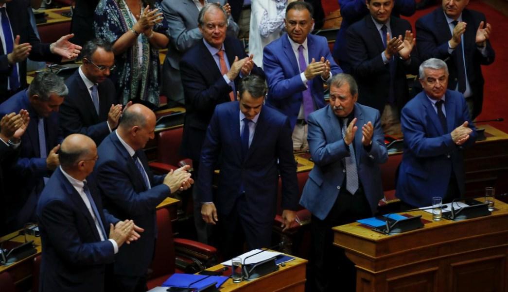 tsipras mocion censura macedonia alexis parlamento