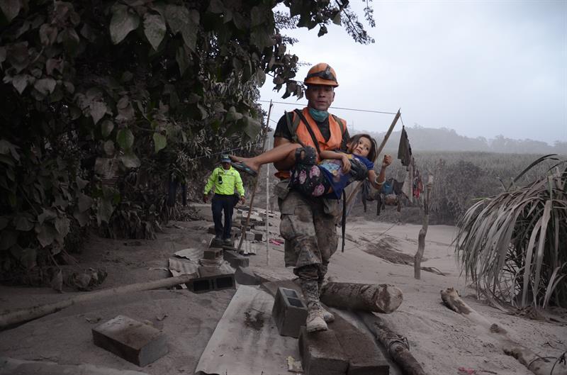 volcan fuego guatemala concluye erupcion 16 horas