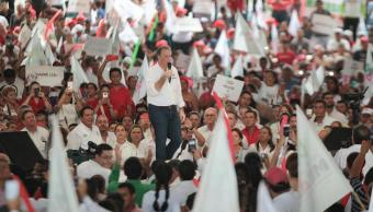 Meade se compromete a crear más empleos en Pemex